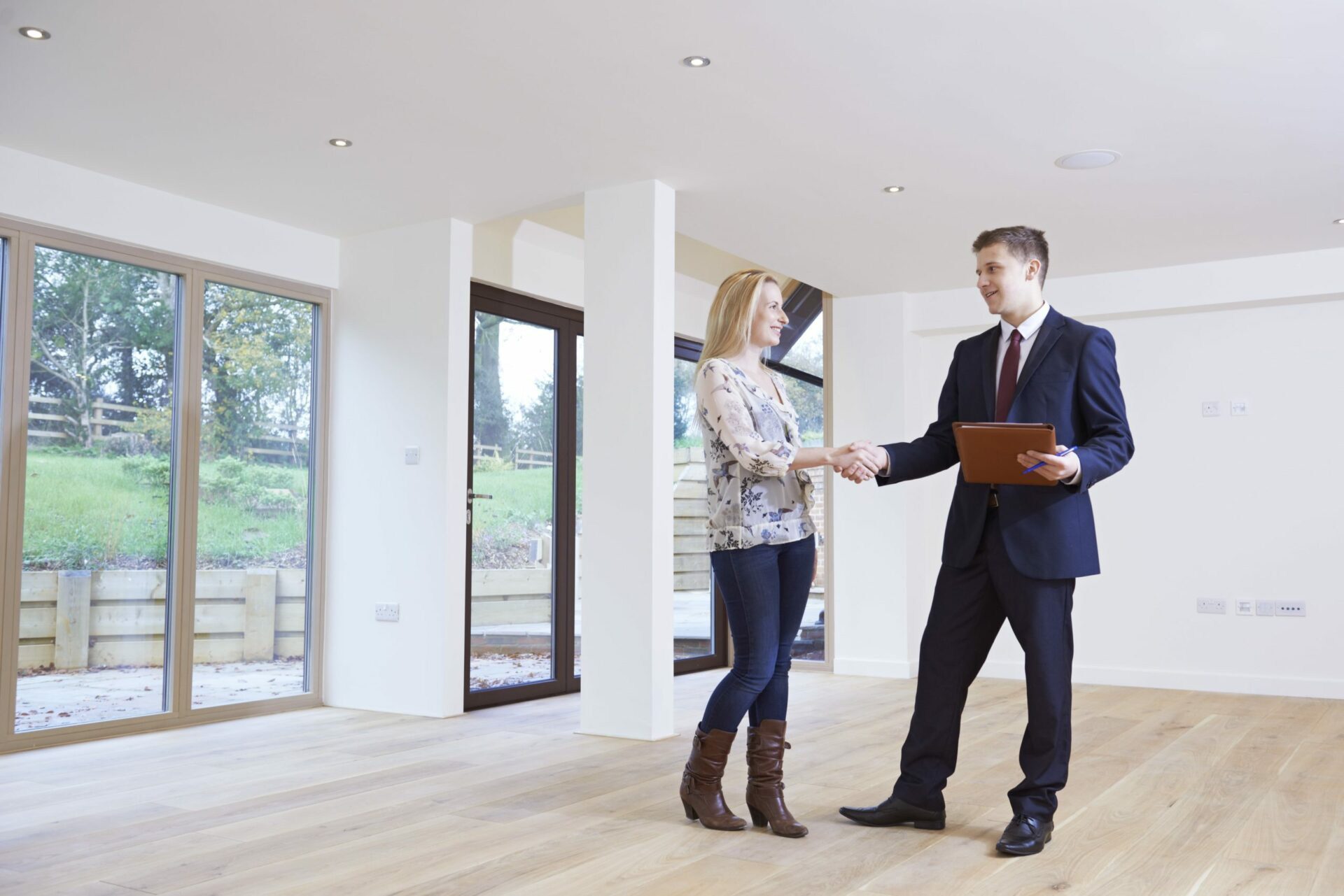 Mortgage/Conveyancing, Personal Clients - Saracens Solicitors